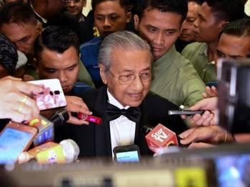 Mahathir ketika sidang media selepas Majlis Makan Malam Persatuan Perubatan Malaysia, malam tadi. - Foto Bernama