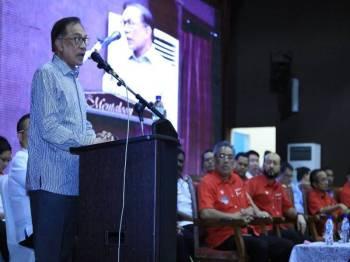 Anwar ketika berucap pada perasmian penutup Konvensyen PH Kedah.