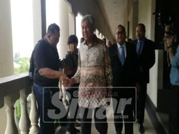 Zahid hadir di Mahkamah Sesyen Kuala Lumpur, hari ini.
