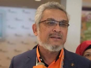 Khalid ketika ditanya pemberita berkenaan pendedahan beliau ketika penggulungan Konvensyen Nasional Amanah 2018, di Casuarina@Meru, di sini, hari ini.