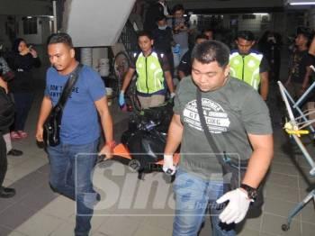 Mengaku telah membunuh isterinya menyerah diri di Ibu Pejabat Polis Kulim, Kedah, petang semalam.