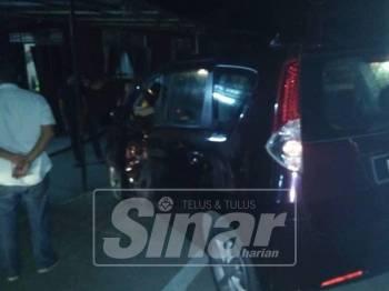Kereta yang berlanggar dengan motosikal yang ditunggangi mangsa menyebabkannya maut di tempat kejadian.