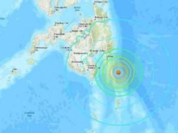 Gempa melanda tenggara Davao City itu pada kedalaman 59 kilometer.