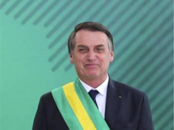 Presiden Bolsonaro sedia membincangkan kemungkinan menempatkan pangkalan tentera AS di negaranya.