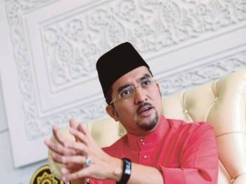 Dr Asyraf Wajdi Dusuki