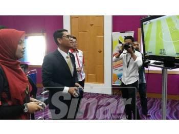 Ahmad Faizal serta Nia Adyana sempat meluangkan masa pada sesi temu bual berkenaan.