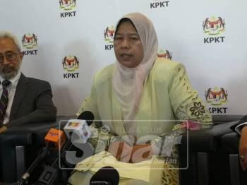 Zuraida ketika sidang media selepas Majlis Amanat Menteri Perumahan dan Kerajaan Tempatan Sempena Tahun Baharu 2019.