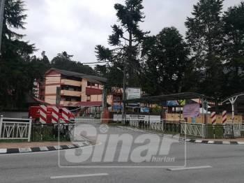 Sekolah Menengah Kebangsaan (SMK) Sultan Ahmad Shah merupakan lokasi penamaan calon PRK Cameron Highlands, hari ini