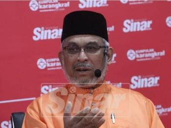 Khalid ketika bercakap dalam program Bicara Minda, di sini, semalam. - Foto Sinar Harian/ASRIL ASWANDI SHUKOR.