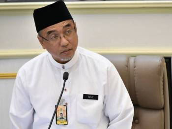Ketua Menteri Melaka, Adly Zahari