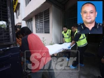Mayat mangsa diusung masuk ke dalam kenderaan polis sebelum dibawa ke hospital untuk dibedah siasat.(Gambar kecil:Nik Ros Azhan)