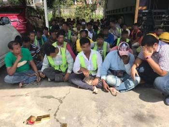 PATI yang ditahan dalam operasi JIM di tapak pembinaan di Bachok pagi tadi.