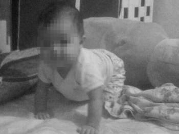 Mangsa, Aamina Inayah Mohd Hafezul, meninggal dunia di Hospital Gua Musang (HGM) selepas setengah jam menerima rawatan.