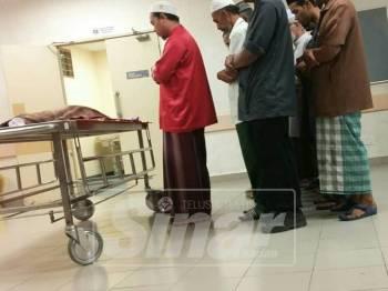 Jenazah Aamina dituntut keluarga pada jam 1 pagi.