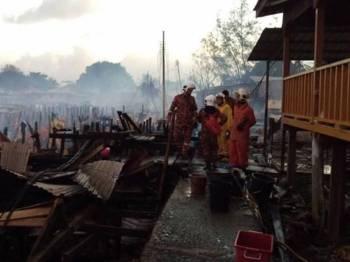 Kebakaran di Kampung Karakit Pulau Banggi, Kudat pada Isnin lalu.