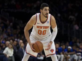 Turki keluarkan waran tangkap terhadap pemain bola keranjang New York Knicks, Enes Kanter. - Foto Slam
