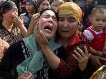 Pusat tahanan tersebut dikatakan cuba untuk menghapuskan identiti etnik Uigur.