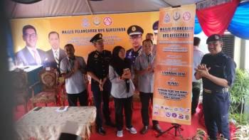 Abdul Yunus (dua, kanan) menyempurnakan majlis pelancaran Ops Bersepadu dan Kempen Keselamatan Jalan Raya bersempena perayaan Tahun Baharu Cina 2019 peringkat negeri Perak hari ini.