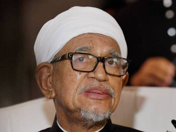 Presiden Pas, Datuk Seri Abdul Hadi Awang membuat keputusan memuktamadkan penyelesaian di luar mahkamah.