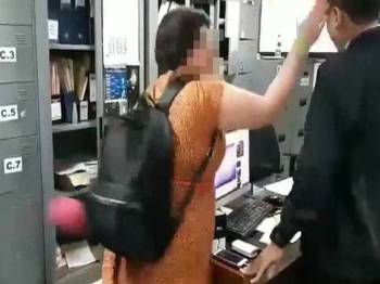 Rakaman Taqadas menampar seorang pegawai imigresen Indonesia tular di media sosial.