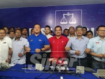 Sidang media Umno-Pas.