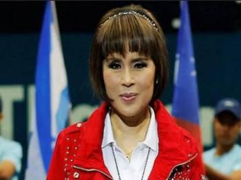 Puteri Ubolratana memohon maaf kerana mencetuskan masalah. - Foto AFP