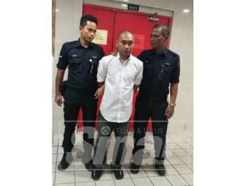 Tertuduh, Mohd Sahmir Dahalan, 34, dari Gong Badak, Kuala Nerus, dijatuhi hukuman 18 bulan penjara dan dikenakan tiga sebatan selepas mengaku salah menipu seorang warga emas melibatkan kerugian RM6,900