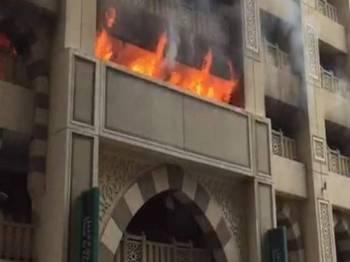Gambar tular kebakaran di Makkah, semalam. - Foto Sumber You Tube