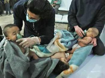 Anak kecil turut menjadi mangsa serangan senjata kimia di Syria