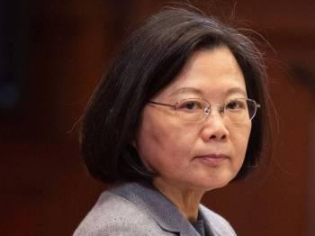 Tsai Ing-wen menjadi presiden wanita pertama dilantik pada 2016.
