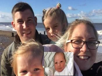 Dua orang anak perempuan Kinloch sempat merakam kenangan bersama bayi bernama Ariya (gambar kecil) yang sempat bersama ayahnya buat kali terakhir. - Foto Nicola Kinloch