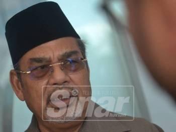 Tajuddin bercakap pada media, hari ini. -Foto: SHARIFUDDIN ABDUL RAHIM