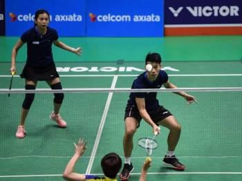 Peng Soon dan  Liu Ying ketika beraksi menentang  Kian Meng dan  Yen Wei pada pusingan separuh akhir Celcom Axiata National Championships 2019 di Arena Badminton hari ini.