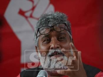 Pengarah Pilihan Raya Parti Sosialis Malaysia (PSM) bagi PRK DUN Semenyih, S Arulchelvan bercakap pada media di sidang media, di sini, hari ini. - Foto Sinar Harian/SHARIFUDIN ABDUL RAHIMc