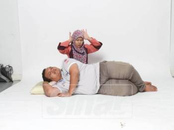 Suami yang berdengkur teruk ketika tidur boleh menyebabkan pasangannya tertekan dan rasa kurang senang. - Gambar hiasan