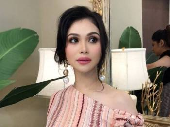 Pelakon, Anzalna Nasir