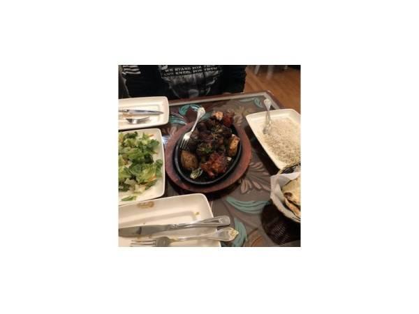 ANTARA makanan yang disediakan di restoran berkenaan.
