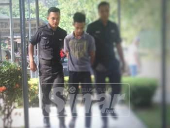 Remaja berusia 19 tahun didakwa di Mahkamah Temerloh atas kesalahan merogol April tahun lalu.
