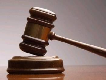Sebuah syarikat pembuatan didenda RM10,000 oleh Mahkamah Sesyen Ipoh, hari ini, kerana gagal mengadakan prosedur kerja selamat hingga menyebabkan seorang pekerjanya cacat, tahun lalu.
