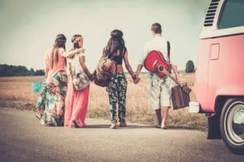 Cuti lebih indah bersama kawan-kawan