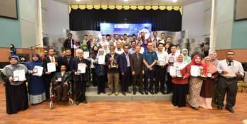 UniSZA mendominasi kutipan pingat emas di Minggu Penyelidikan dan Inovasi (MPI) 2019.