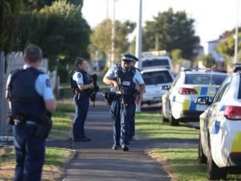 Dilaporkan 49 nyawa terkorban manakala puluhan lain cedera dalam insiden kejam yang berlaku di Masjid Al Noor, Christchurch, New Zealand dalam kejadian jam 1.40 tengah hari waktu tempatan (8.40 pagi waktu Malaysia). - Foto Independent