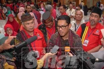 Ahmad Faizal menjawab spekulasi Menteri Besar Perak, hari ini.