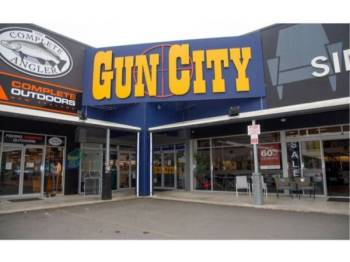 Kedai senjata api Gun City di Christchurch. - Foto AFP