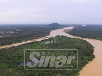 Beginilah keadaan Sungai Kelantan yang kini mengalami pencemaran yang teruk.