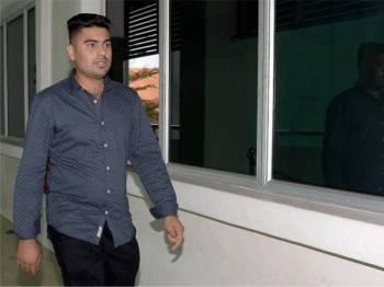 Budd Mohsin hadir ketika prosiding inkues bagi menentukan punca kematian anggota Bomba dan Penyelamat Allahyarham Muhammad Adib Mohd Kassim di Mahkamah Koroner Kompleks Mahkamah Shah Alam, hari ini. - Foto Bernama