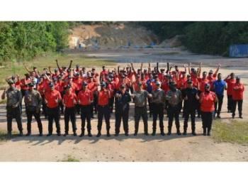Latihan menembak tahunan diadakan bertempat di Lapang Sasar Kuala Kubu Bharu, Hulu Selangor, baru-baru ini