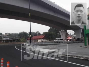 Seorang pemuda ditemui maut selepas dipercayai terjatuh dari jejantas di persimpangan MITC berhadapan Bank Islam, Kota Fesyen di Ayer Keroh di sini, pagi tadi. Gambar kecil: Lee Ming Hong