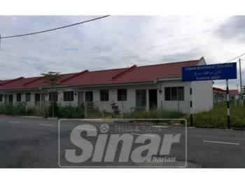 Penerima rumah Taman Muafakat Dulang bakal menerima kunci kediaman pada April depan.