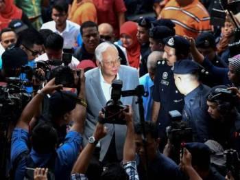 Prosiding kes Najib bermula hari ini dan pastinya ia menjadi tumpuan apabila wartawan daripada 30 agensi media termasuk media antarabangsa hadir membuat liputan.